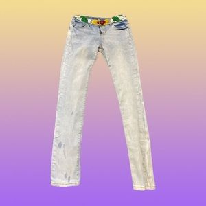 Desigual embroidered jeans!